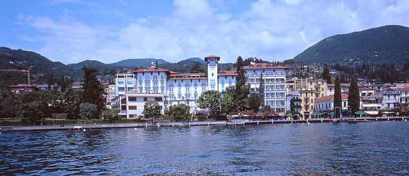 View of the Hotel Savoy Palace, Gardone Riviera, Lake Garda, Italy.jpg